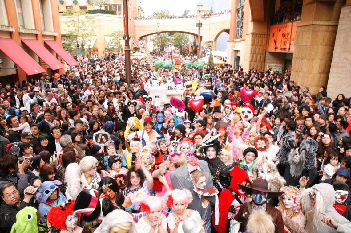 kawasaki_halloween_parade.jpg